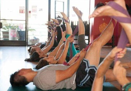 Swerve Stretch Group Fitness Class